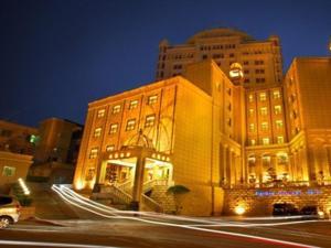 Tianbao Business Hotel