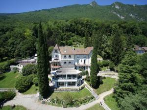 Hôtel Ombremont Jean-Pierre Jacob