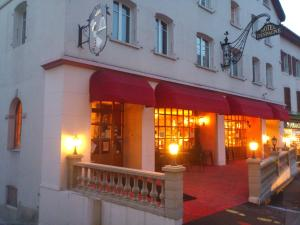 Hôtel d'Espagne, Апартаменты  Сент-Круа - big - 7