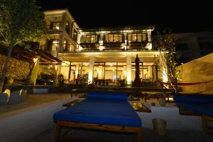 Dali Water's Edge Resort