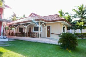 Luzmin BH - Cottages and Bungalows, Resorts  Oslob - big - 32