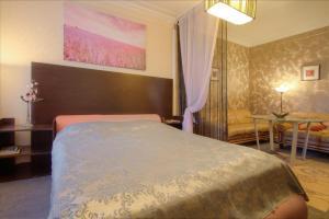 One-Bedroom Apartment Nezavisimosti 33 - фото 2