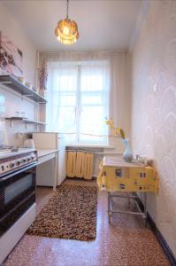 One-Bedroom Apartment Nezavisimosti 33 - фото 10