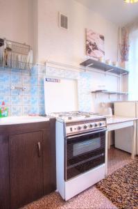 One-Bedroom Apartment Nezavisimosti 33 - фото 20