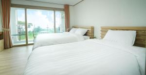 Bowhill Hostel & Pension, Resorts  Seogwipo - big - 8