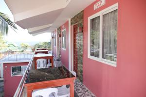 Luzmin BH - Cottages and Bungalows, Resorts  Oslob - big - 43