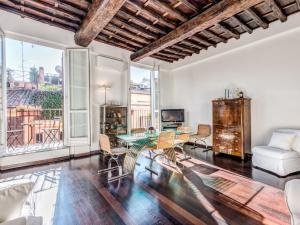 (RSH Spanish Steps Apartments)