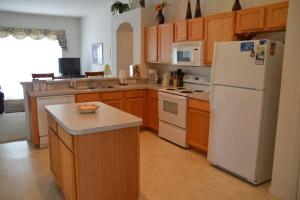 2710 Apartment CWL, Apartments  Kissimmee - big - 13