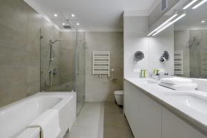 Stradonia Serviced Apartments