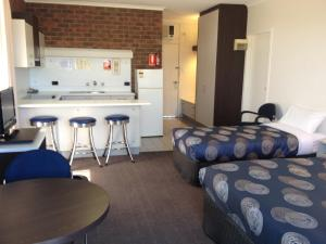 The Central Hotel Motel Lakes Entrance