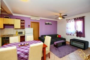 Apartment N&E