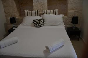 Trulli Gallo Rosso, Bed and breakfasts  Noci - big - 11