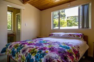 Kowhai Close Accommodation, Affittacamere  Oneroa - big - 2