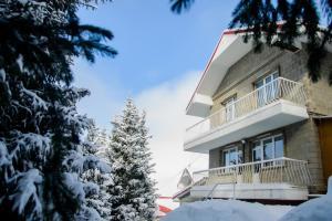 Отель Дом в Горах, Алматы
