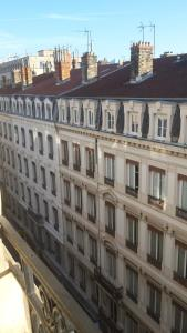 B&B Edelweiss Et Mandarine, Bed and Breakfasts  Lyon - big - 13