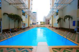 Luxury 3BR Full-Option near Beach Service Apartment