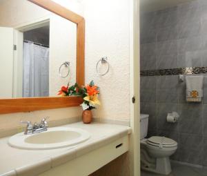 Hotel Santo Tomas, Szállodák  Ensenada - big - 9