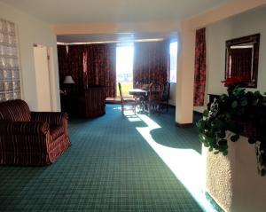 Hotel Santo Tomas, Szállodák  Ensenada - big - 13