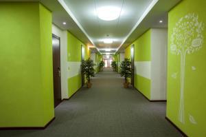 Green Hall Hotel, Szállodák  Kamenszk-Uralszkij - big - 20
