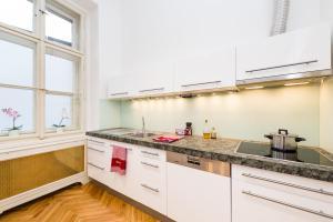 EMPIRENT Grand Central Apartments, Apartmanok  Prága - big - 56