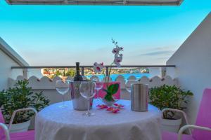 Luxury Apartments Villa Tea