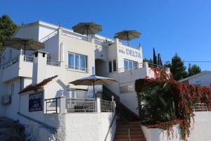 Villa Delta Apartments