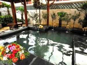 Shengquan Hot Spring Hotel