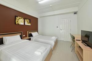 B32 Apartment