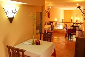 TUGASA Hotel Castillo de Castellar