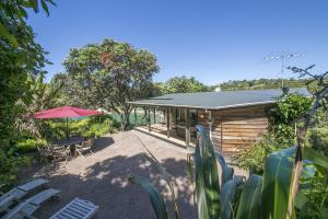 Beachfront Enclosure Bay - Waiheke Unlimited, Case vacanze  Oneroa - big - 1
