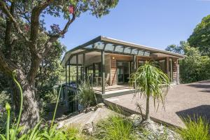Beachfront Enclosure Bay - Waiheke Unlimited, Case vacanze  Oneroa - big - 16