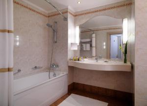 Отель Марриотт Гранд - фото 9