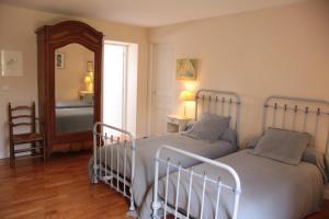 LES JARDINS DE L'AULNAIE, Bed and breakfasts  Fontaine-sous-Jouy - big - 24