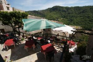 A Taverna Intru U Vicu, Bed & Breakfasts  Belmonte Calabro - big - 67