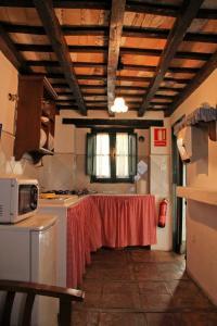 TUGASA Casas Rurales Castillo de Castellar, Country houses  Castellar de la Frontera - big - 3