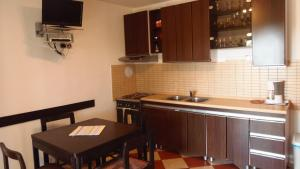 Apartment House Nono, Apartmány  Povljana - big - 27