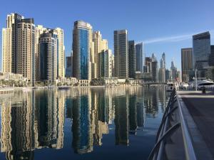 Waterfront One Bedroom Apartment Dubai Marina - Dubai