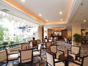 Tongxiang Wutong Hotel