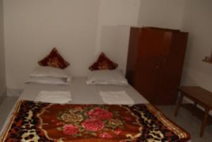Standard Double Room Muktadhara Guest House