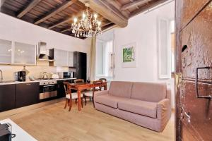 Rome Accommodation Altemps