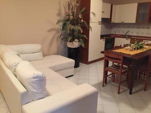 Casanelborgo, Appartamenti  Marone - big - 2