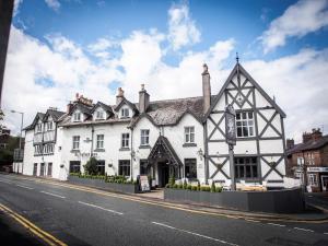 Premier Inn Alderley Edge