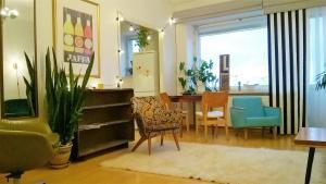 Central Helsinki Apartment Hietalahdenkatu