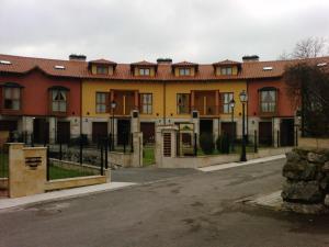 Apartamentos El Bosquin