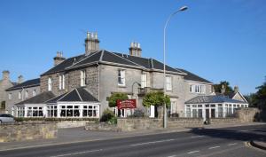 Sunninghill Hotel