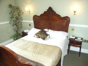 Crown & Cushion Hotel, Отели  Чиппинг-Нортон - big - 3