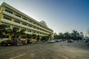 โรงแรมระนองการ์เด้น (Ranong Garden Hotel)