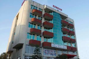 Kebron Guest House, Penzióny  Nefas Silk - big - 3
