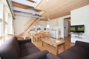 Ho Three-Bedroom Apartment 01, Ferienparks  Blåvand - big - 16