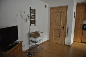 Chesa Viletta, Apartmanok  La Punt-Chamues-ch - big - 23
